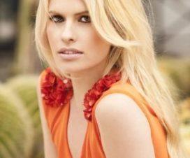 Adriana Abenia muy Sexy en la Revista FHM