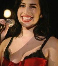 El Topless de Amy Winehouse en la Playa