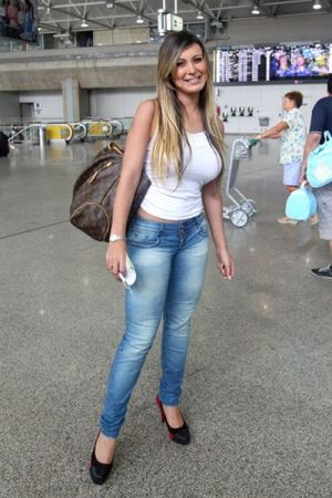 Andressa Urach Fotos