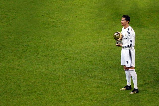 Cristiano Ronaldo Alza su Cuarto Balón de Oro