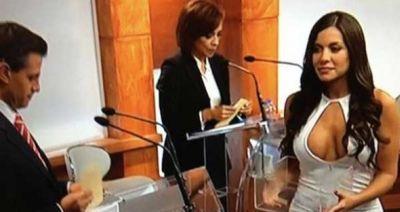 Edecán IFE Debate 2012