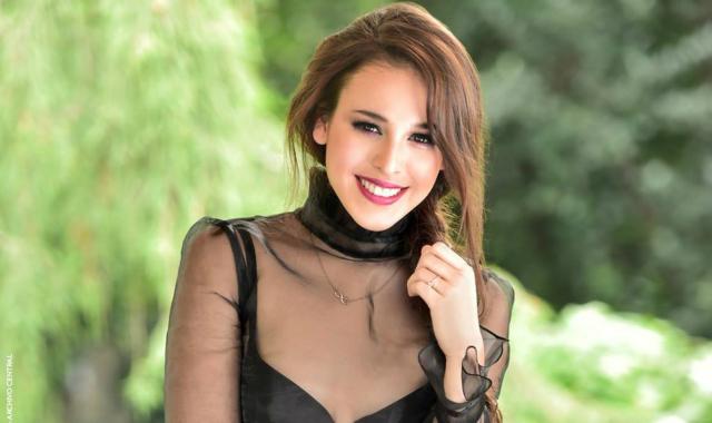 Entrevista con Danna Paola en la Revista Quien