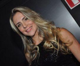 Adriano le Ofrece a Joana Machado un Millón de Dólares para no Desnudarse