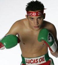 Julio César Chávez Jr Vence a Luciano Cuello
