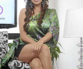 Adriana Zubiate y Karla Casós en Topless