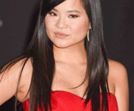 Kelly Marie Tran Fotos