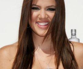 Khloé Kardashian se Desnudo en una Sala de Cine