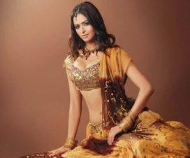 Secuestran y Asesinan a Meenakshi Thapar Bella Actriz de Bollywood