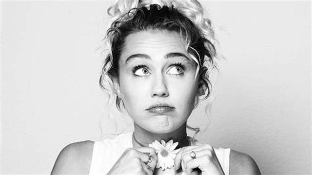 Miley Cyrus Hoedown Throwdown