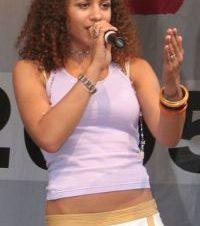 La Cantante Nadja Benaissa Detenida por Contagiar de VIH a su Pareja