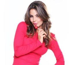 Natalia Vélez Bésame