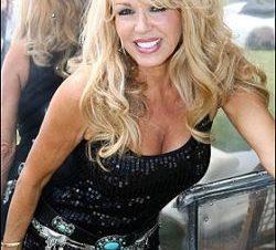 Patricia Paay Posa para Playboy a los 60 años