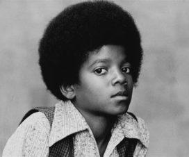 Por Fin Entierran a Michael Jackson