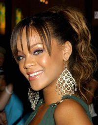 Aparecen Fotos de Rihanna Desnuda