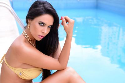 Sabrina Ravelli Desnuda en la Revista H
