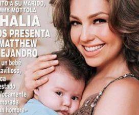 Foto Thalía Presento a su Pequeño Hijo