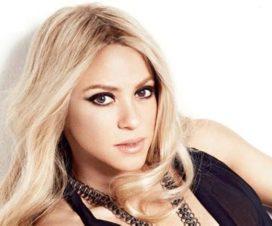 Video Shakira se Come a Besos a Piqué